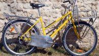 Un samedi, alors que je mange du côté de mon magasinvers 14 h 15, je me fais voler mon vélo !